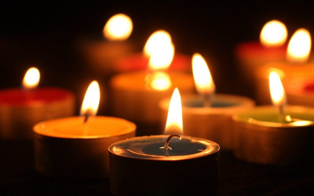 Candle-lights-desktop-wallpaper